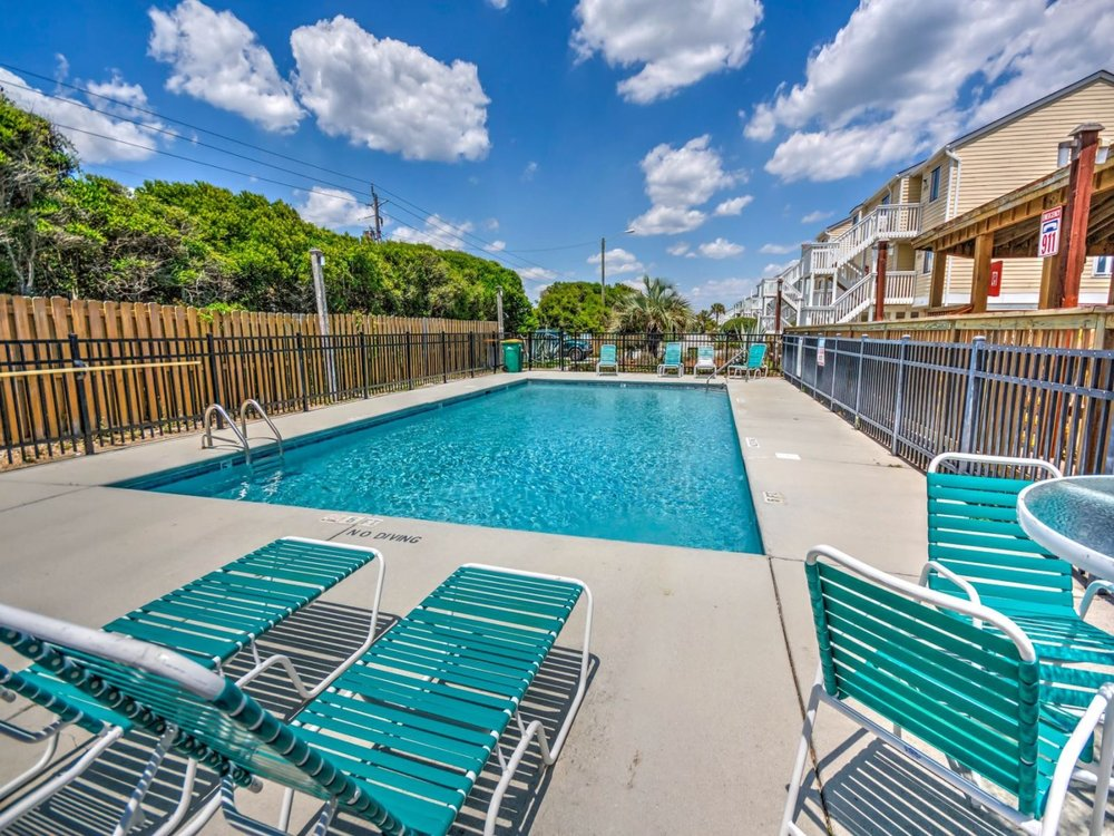 Ocean Dunes Outdoor Pool